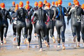 S'équiper pour le triathlon avec une combinaison neoprene